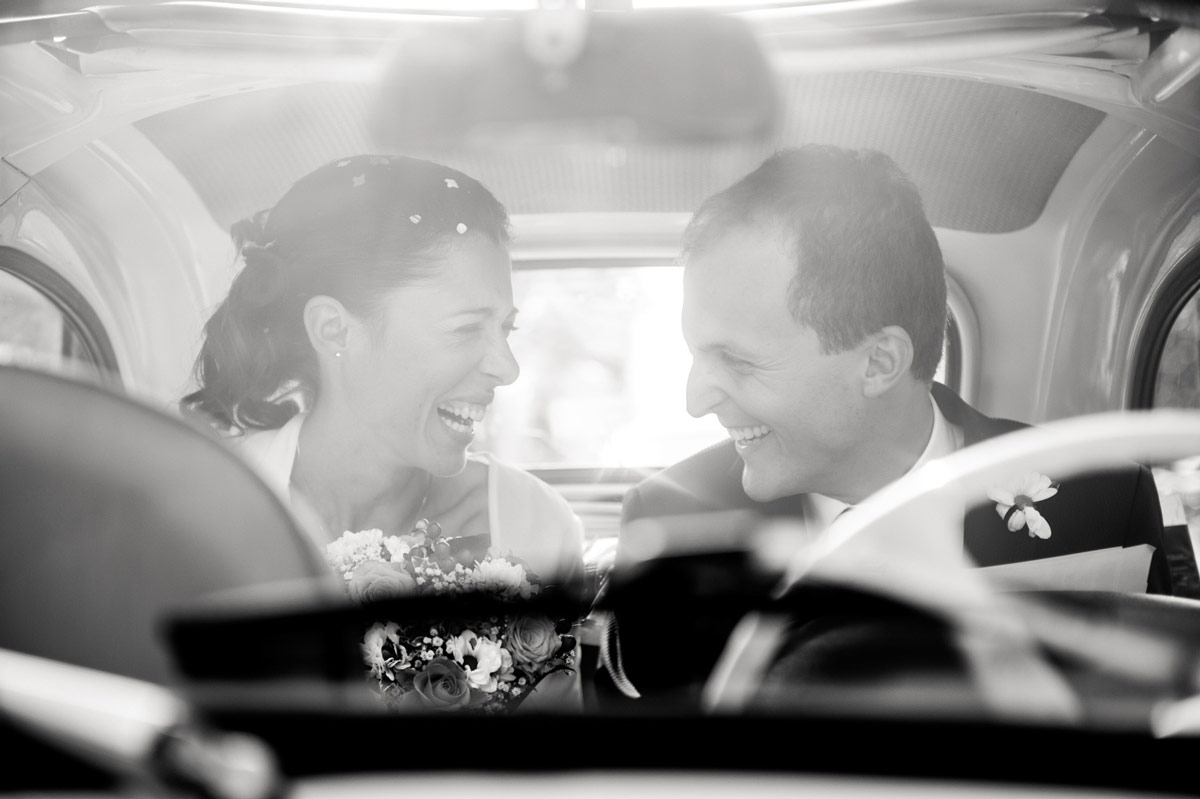 Sposi che ridono